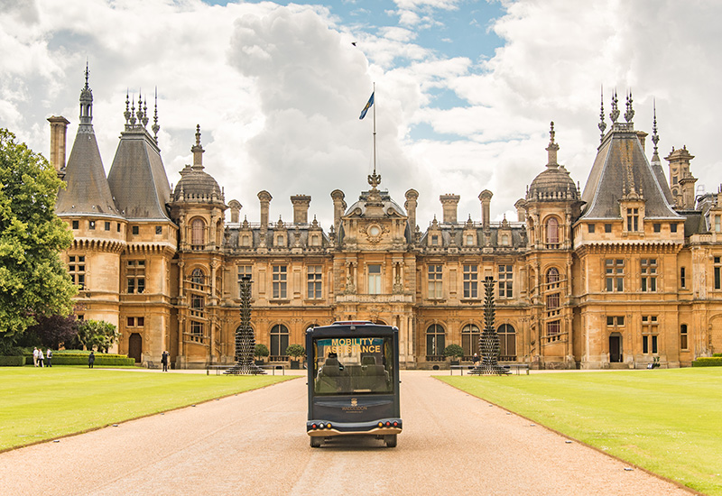 3 Bus, Waddesdon Manor. Photo Kathy Chantler (c) National Trust, Waddesdon Manor