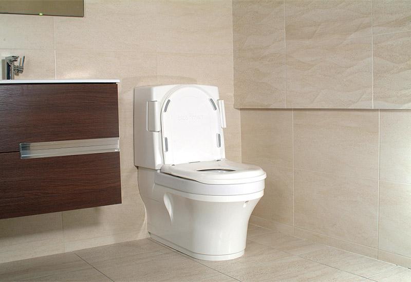 clos-o-mat toilet