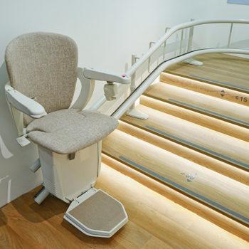 shutterstock_509771500 stair lift crop