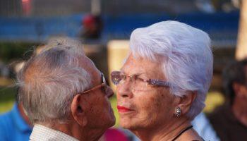 older-adult-1546130_1920