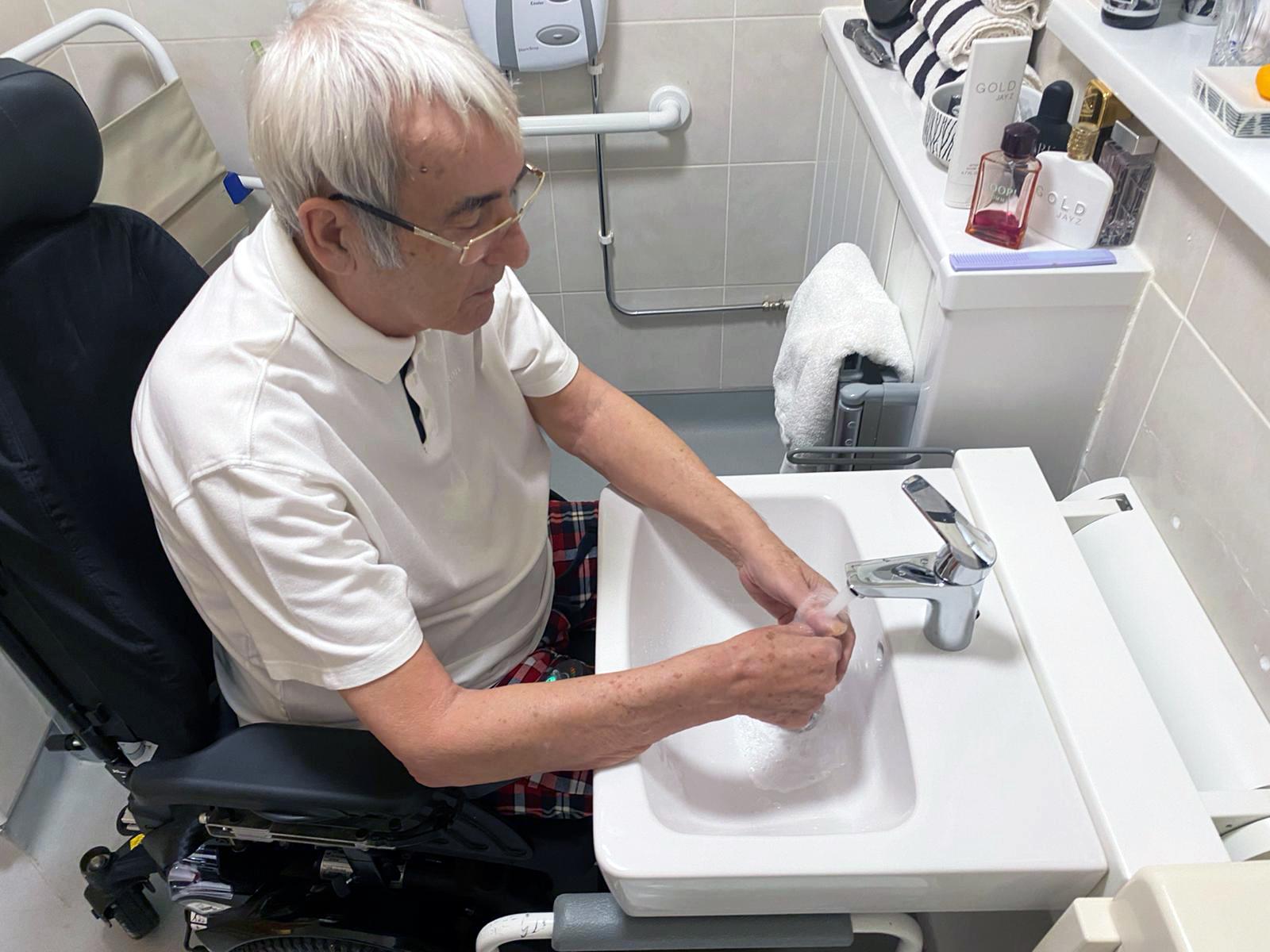 Ropox reveals accessible bathroom solutions